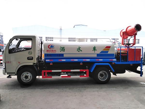 程力威牌CLW5070GPSE5型绿化喷洒车